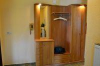 Garderobe mit beleuchteten Spiegel - Bild 13: Ferienwohnung Haus Speck, nähe Bodensee